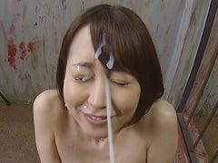 コパ先生の一発大量顔射を受け止める篠田ゆう