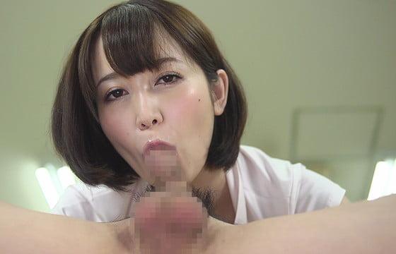 常にカメラ目線でフェラチオする篠田ゆう