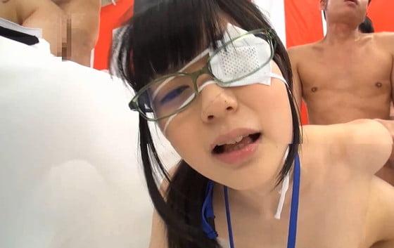 眼帯がキュートなSOD女子社員の乱交