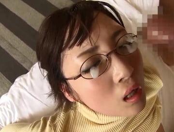 メガネ顔射&お掃除フェラ
