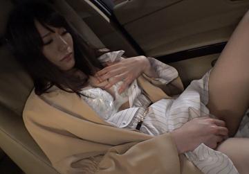 鈴村あいりを、飼いならす。のオナニー画像